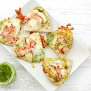 homemade pesto pita pizzas, kids cook club, cooking with kids, kids in the kitchen, kids recipe, www.kidscookclub.com