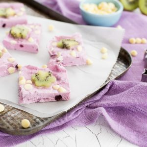 Blueberry and Kiwi Bark, healthy treats for kids, kids cook club recipes